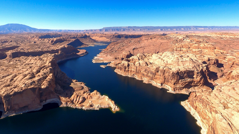 colorado-river-lake-powell-lighthawk-gopro8-card1-60.jpg