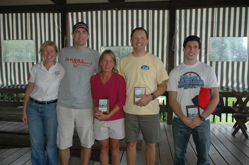 Full rig winners with the presenters: Sue Wolfe, Chris Drury, Joni Palmer, Ted Morgan and Eric Silverman