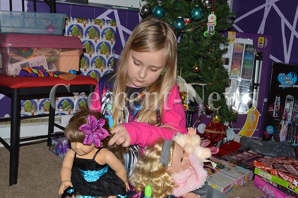 12-26-15 NEWS Christmas Gifts