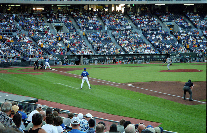 BASEBALL PARKS - KAUFFMAN STADIUM - KANSAS CITY ROYALS