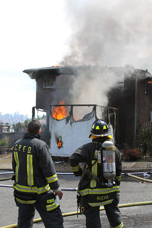Cliffside Park NJ, 06-19-11, 2nd Alm, 2 Knox Ave.