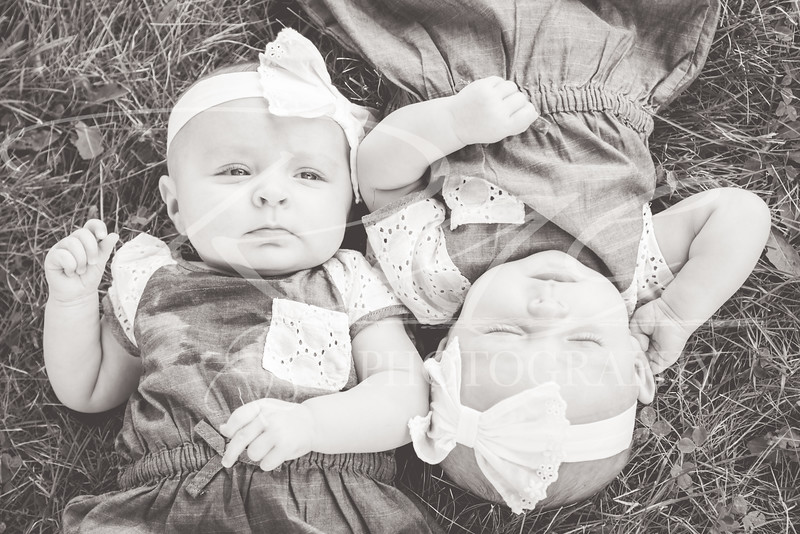 Twins3Months-109.JPG