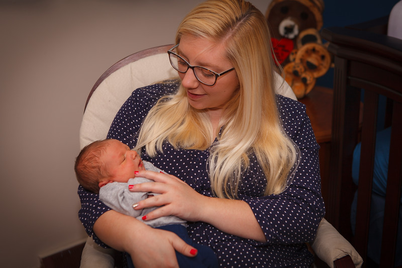 T. Schulte 2018 Newborn Pictures-18.jpg