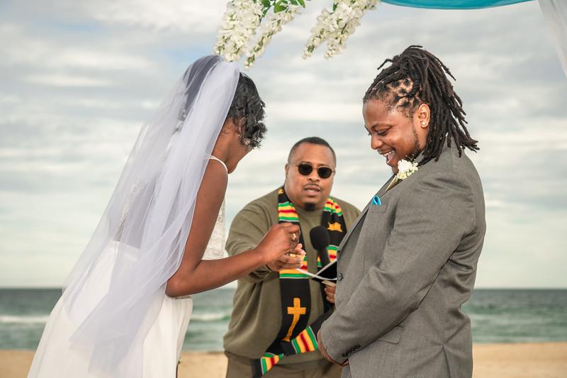 VBWC BRYA 10192019 Sandbridge Wedding #78 (C) Robert Hamm.jpg