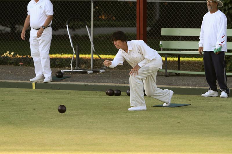 The Cornell Club's Pat Kubicki making a perfect toss.