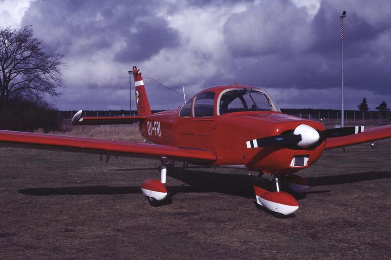 OY-FRI-FujiFA-200-180AeroSubaru-F-Air-EKBI-1988-02-12-CQ-46-KBVPCollection.jpg