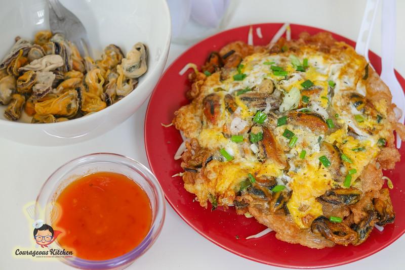 hoy tod thai street food-1.jpg