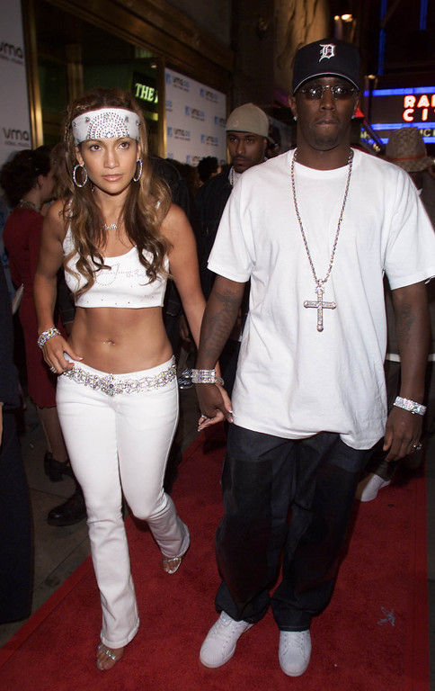 . JENNIFER LOPEZ AND PUFF DADDY ARRIVE AT THE MTV VIDEO MUSIC AWARDS.NEW YORK.RADIO CITY Hall.  Frank Micelotta/ImageDirect