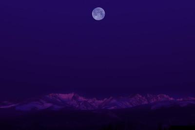 MoonSunriseFrontRangeErieCO-003