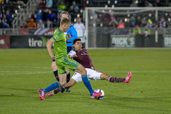 Colorado Rapids vs Seattle Sounders FC - MLS Soccer - 2015-04-18