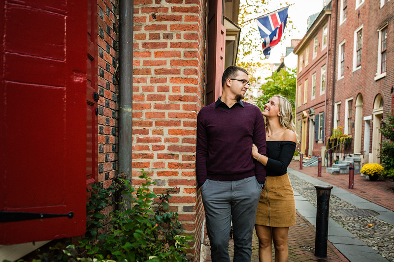 MICHELLE AND NICK - OLD CITY ENGAGEMENT SESSION - 29.jpg