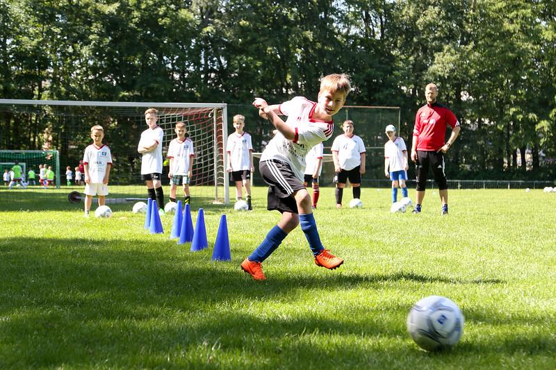 hsv_fussballschule-273_48047952806_o.jpg