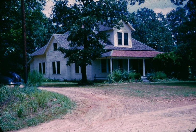 1952 08 Merritt Farm House.jpg