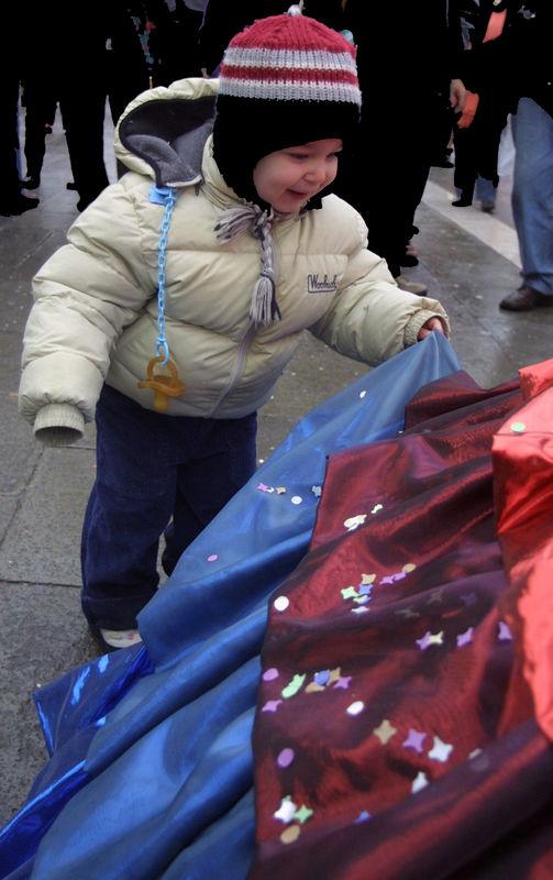 Venice Carnival 2004 - 62.jpg