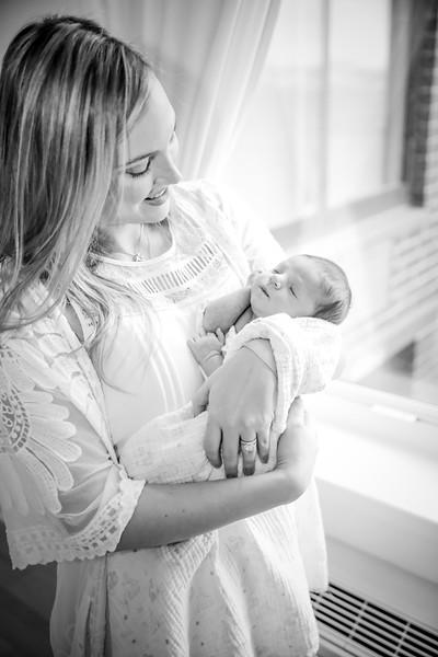 bw_newport_babies_photography_hoboken_at_home_newborn_shoot-5350.jpg