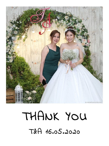 TA-wedding-instant-print-photo-booth-at-Revierside-Palace-Quan-4-Chup-hinh-in-anh-lay-lien-Tiec-Cuoi-057.jpg