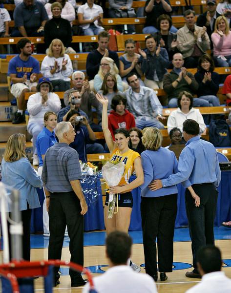 2004.11.20 - NCAA Women's V-ball - Oregon @ UCLA