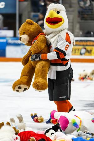 12/01/17 Komets vs. Toledo +Teddy Bear Toss