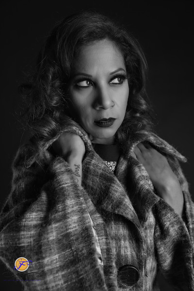 2018 Film Noir-Sylvia Lugo-B&W-286.jpg