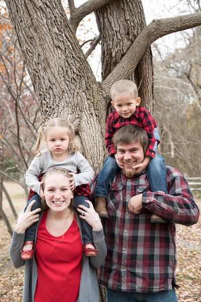 Family2019 (23 of 70).jpg