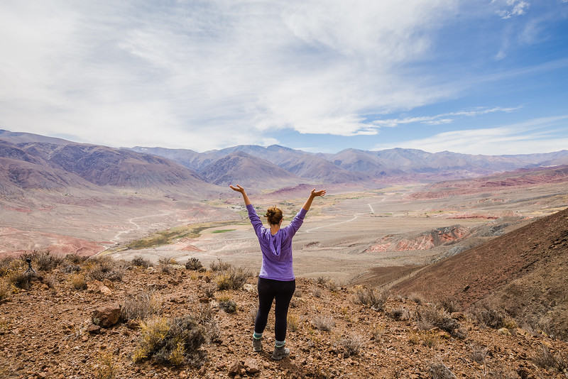 Lina Stock hiking in Argentina - best hiking shirt