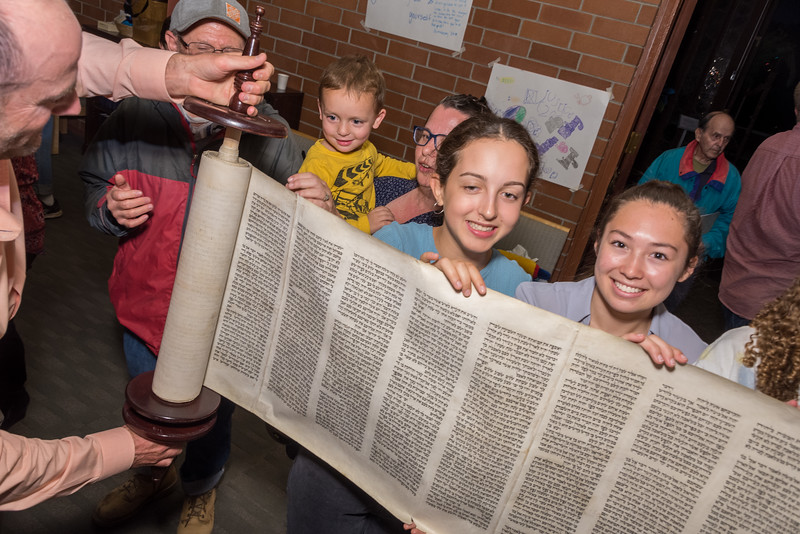 Simchat Torah-292.jpg