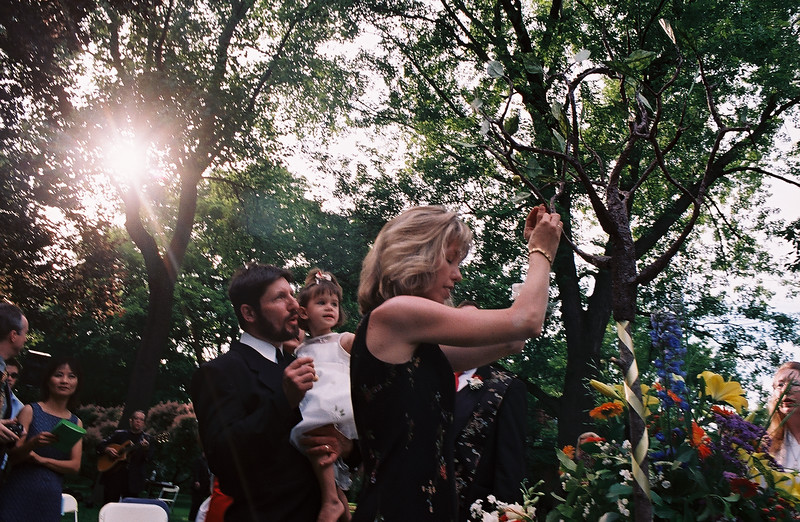 Family Joining via World Tree