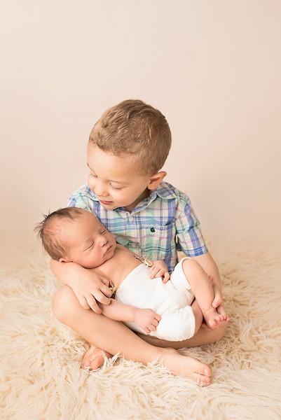 siblings-newborn-photographer_4229.jpg