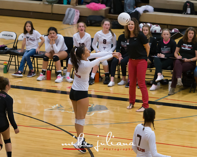 20181018-Tualatin Volleyball vs Canby-0497.jpg