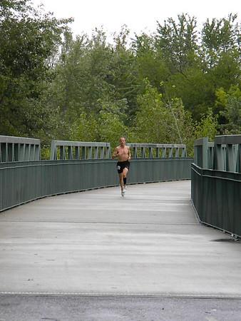 4-BRStatePark-runners-Jake