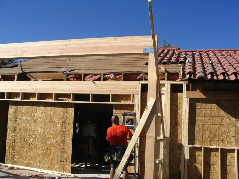 The back porch is beginning to go up.