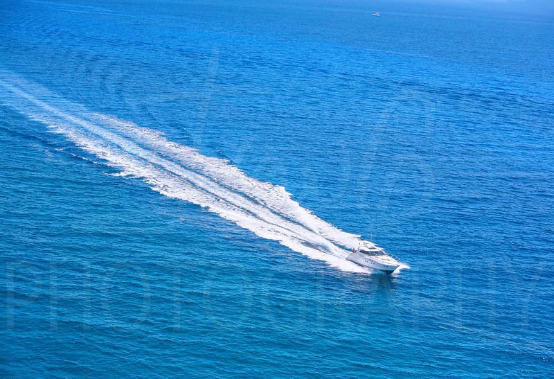 Bimini=Boat-Tail-19x13.jpg