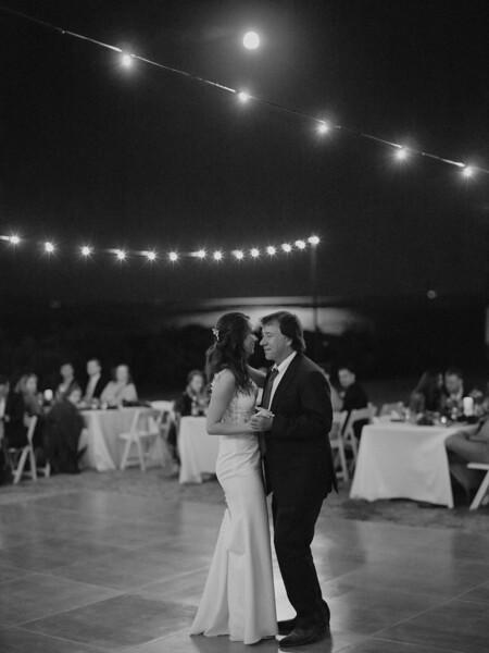 Jenn&Trevor_MarriedB&W637.JPG