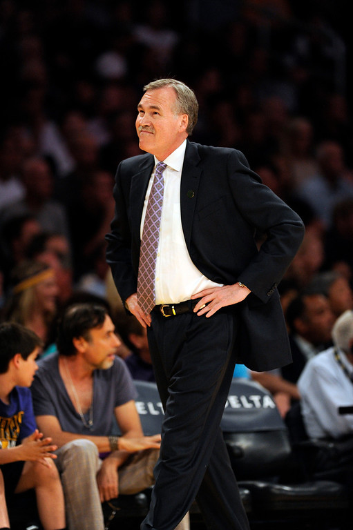 . Lakers\' coach Mike D\'Antoni during their game against the Warriors  at the Staples Center in Los Angeles Friday, April 12, 2013. (Hans Gutknecht/Staff Photographer)