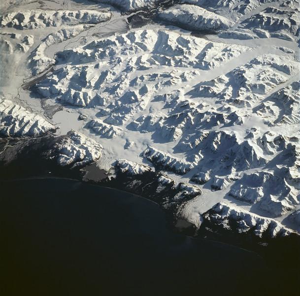 sts059-228-094 Mt St Elias.jpg