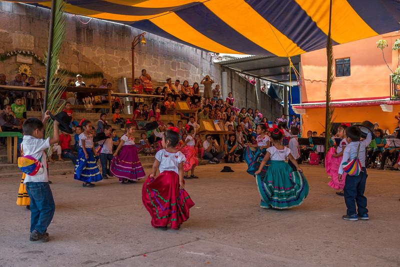 San-Miguel-Artisans-Fair-3.jpg