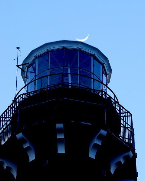 lighthouse moon.jpg