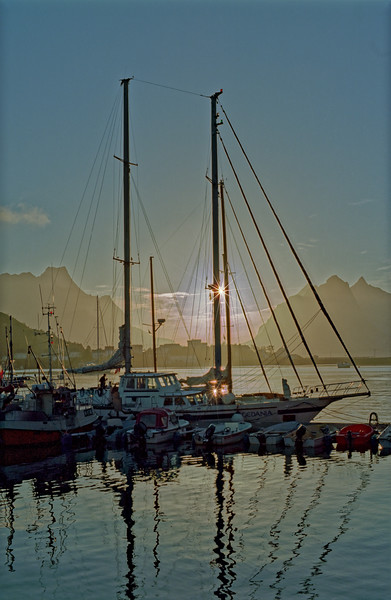 Late evening in Reine