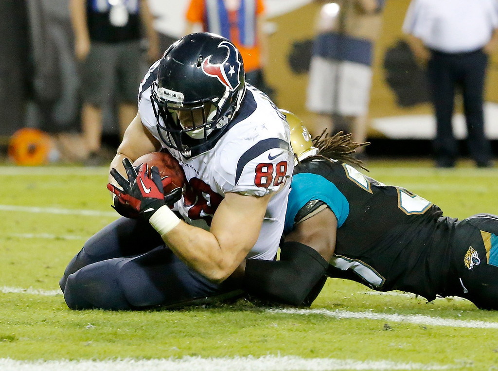 . Garrett Graham #88 of the Houston Texans crosses the goal line for a touchdown during the game against the Jacksonville Jaguars at EverBank Field on December 5, 2013 in Jacksonville, Florida.  (Photo by Sam Greenwood/Getty Images)