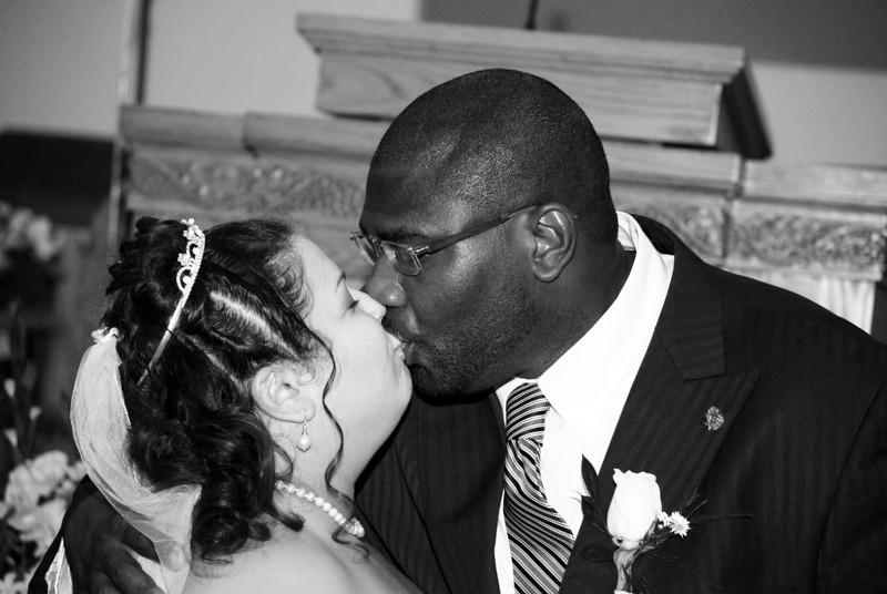 Wedding 10-24-09_0439BW.jpg