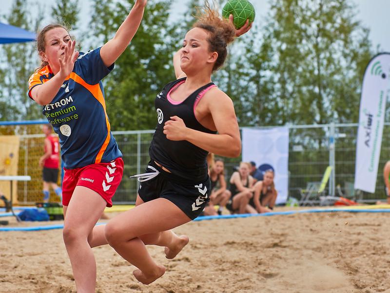Molecaten NK Beach Handball 2017 dag 1 img 402.jpg