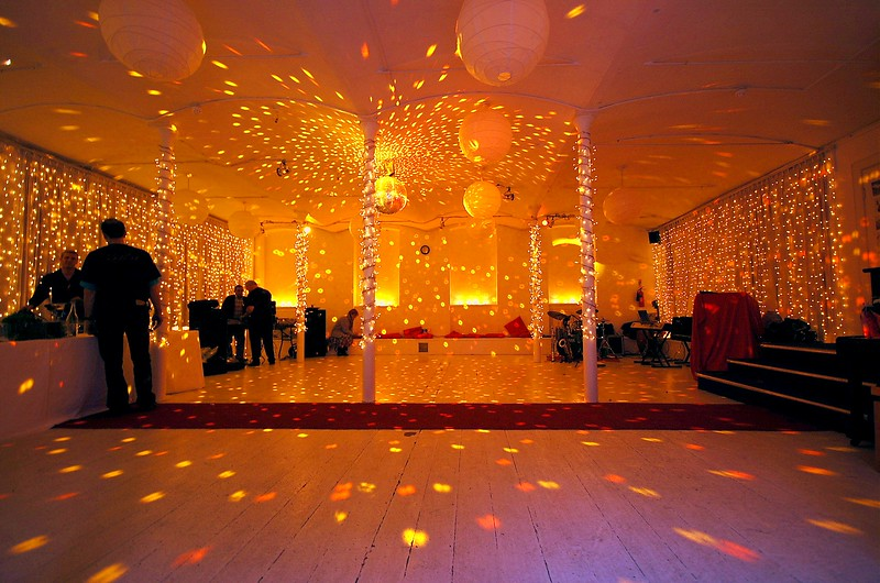 Two tone Amber Mirror Ball - Lower Hall