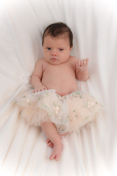 Newborn - Reyenger -0013.jpg