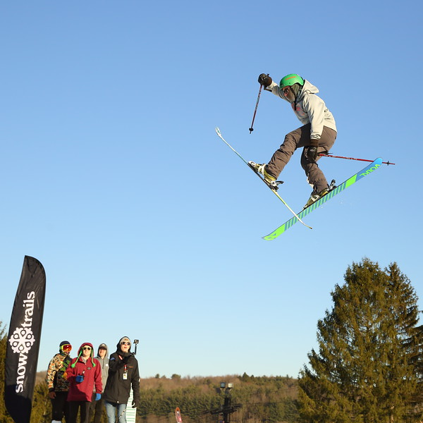 Dane Adams - Big Air Jumper D21A3292 2019-2-9.JPG