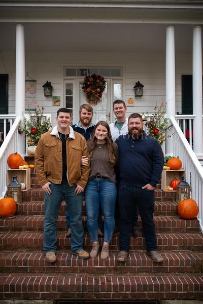 2019 November Ellis Family-189-170.jpg