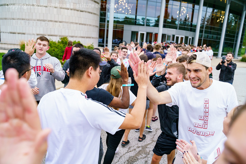RHIT_Freshman_Orientation_2018_High_Five_Tunnel-0583.jpg