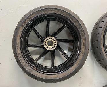 Honda RC45 Wheels (IM) on IMA