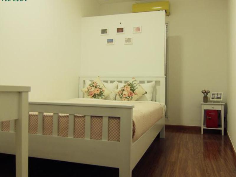 Lily-hostel.jpg