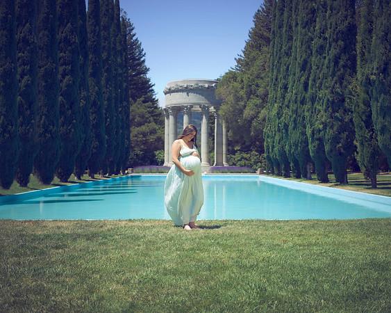 Nicole's  Maternity Shoot