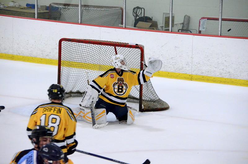 150904 Jr. Bruins vs. Hitmen-200.JPG